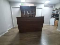 Mesa para recepção de escritório e consultório