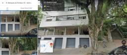 Apartamento amplo em região nobre de Porto Alegre