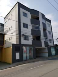 Apartamento com ótima localização, semi novo