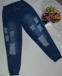 Calça Jogger jeans.