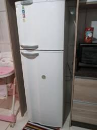 Geladeira electrolux frost free