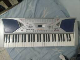 Vende - se teclado