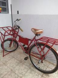 Bicicleta cargueira bom estado de conservação.
