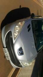 Peugeot 207 - ano 2011 motor 1.4