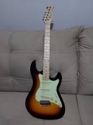 Guitarra Stratocaster STS-100 Marca Strinberg + Amplificador Sheldon MAX 100