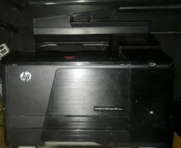 Impressora Laser Jet Pro 200color seminova