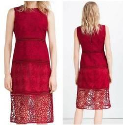 Vestido Zara Com Rendas Tamanho Médio