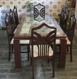 Mesa de Madeira de Jantar