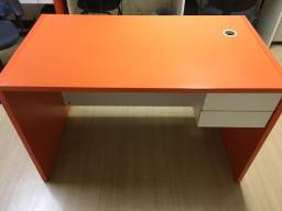 Mesa para escritorio/computador