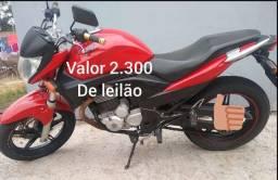 R$ 2300 Honda cb300 Ano 2012 leilão pra roça