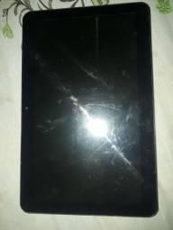 Vendo esse tablet 250 reais está em bom estado funciona perfeitamente