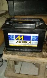 Vende bateria moura 60 amperes 180 reais