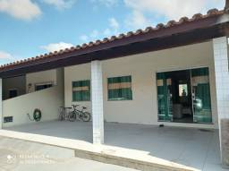33/ Alugo Casa com piscina privativa / 3qtos