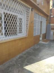 Casa com três quartos em condomínio fechado em Guadalupe