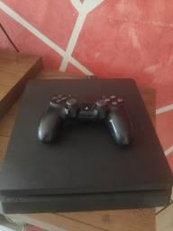 Sony PlayStation 4 Slim 500GB Standard jet black - Semi Novo