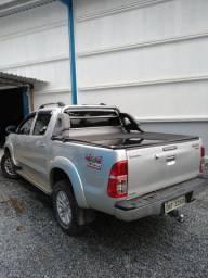 Hilux 2015 diesel 3.0 Srv segundo dono