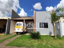 Casa à venda com 3 dormitórios em Jardim holanda, Uberlandia cod:35559