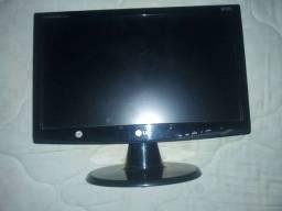 Monitor LG W1943c 19 Polegadas com defeito