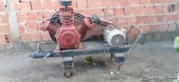Compressor para limpeza de poço