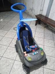 Vendo carrinho de Passeio usado em bom estado