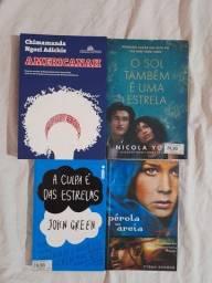 Livros de romance seminovos .