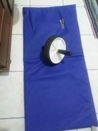 Kit roda abdominal + colchonete