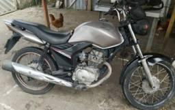 Moto titan mix 150