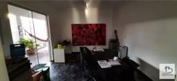 Título do anúncio: Casa de 3Q sendo 1 suíte com closet + home-office no Jardim Europa