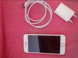 Celular IPhone 8 / 64 gigas
