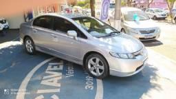 Honda Civic 1.8 LXS - Automático