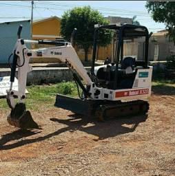 Mini escavadeira bobcat x325