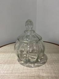 Baleiro em vidro transparente