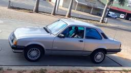 VENDO JUNIOR 1.0  OU TROCO. VALOR 13.500