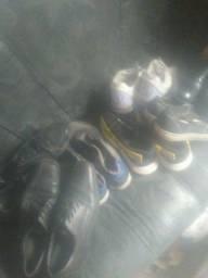 6 tenis de 39 a 42 mais 2 sapatos