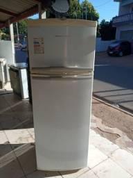 Geladeira Brastempe  frost free com garantia  de  3 mês