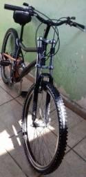 Bicicleta Caloi 21 marchas aro 26