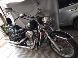 """Moto Honda Shadow 600cc - """"Aceito Proposta"""" Primeira de Luxo - Ano 2002"""