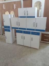 Móveis de cozinha novos e de madeira, faço entregas!