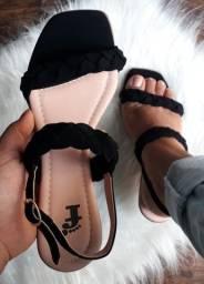 Sandálias modelos exclusivos