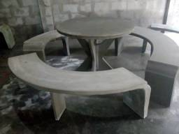 Mesas e Bancos de cimento