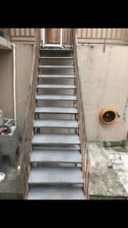 Escada de ferro