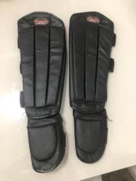 Protetor de canela e peito de pé para artes marciais