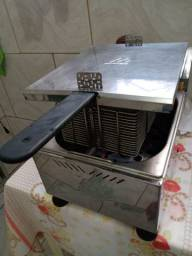 Vendo fritadeira elétrica, fritadeira a gás, chapa e churrasqueira