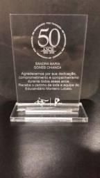 Troféus e Chaveiros em Acrílico Super promoção Efraim . traga o seu projeto