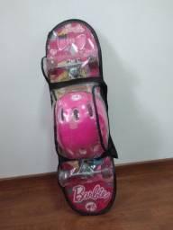 Skate Barbie com Kit de Segurança<br><br>