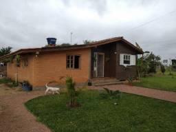 Velleda oferece casa +piscina+quiosque em 1600m², condomínio fechado