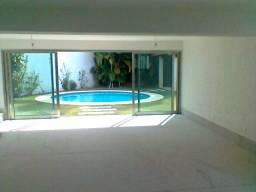 Casa com 500 m² no Belvedere