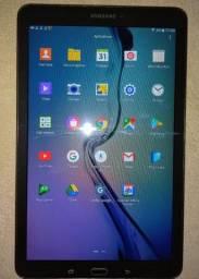 Tablet Samsung Galaxy Tab E T560