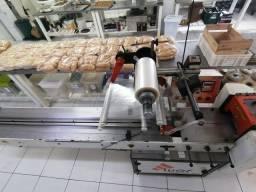 Máquina Embaladeira Flow Pack MFP 150/200