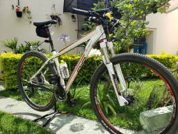 Bicicleta Merida Big Nine TSF 900 aro 29